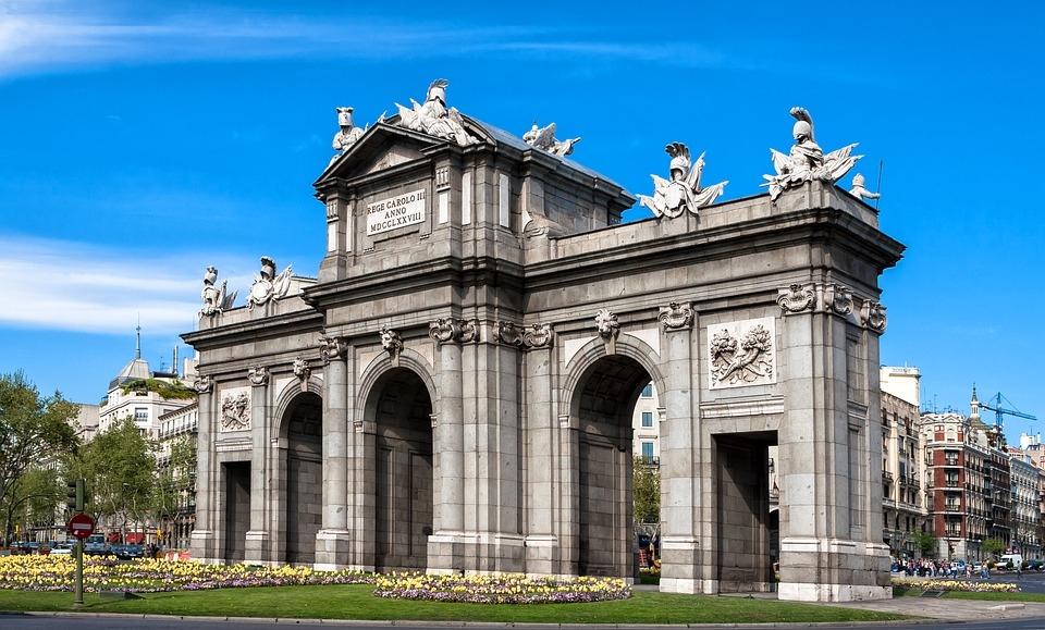 BARCELONA, MADRID E ANDALUZIA