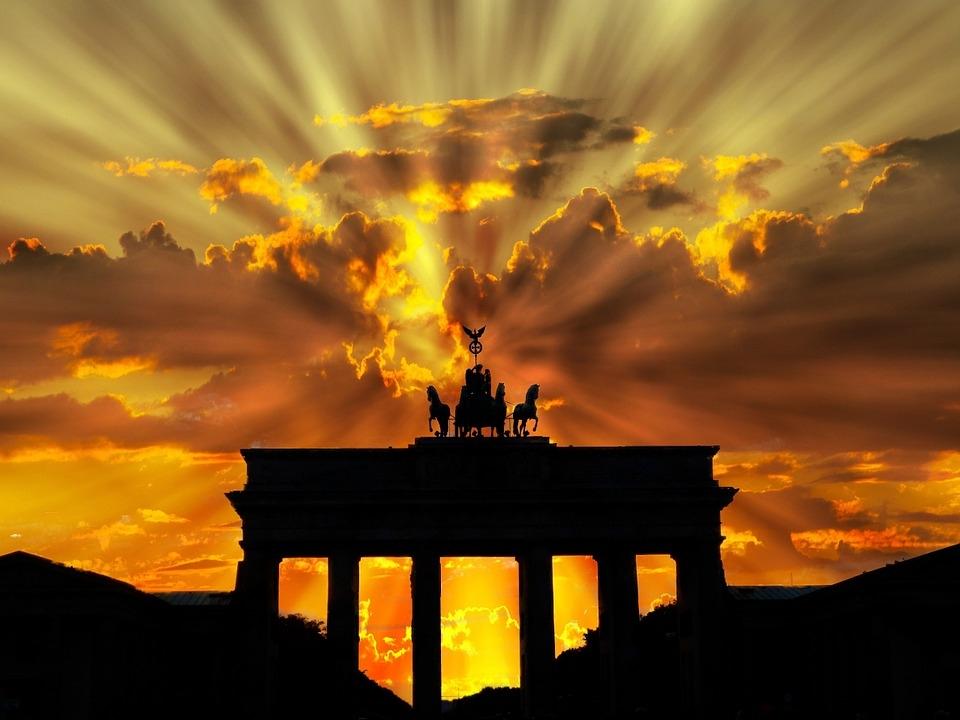RÉVEILLON - CIDADES IMPERIAIS COM A VIRADA DO ANO EM BERLIM