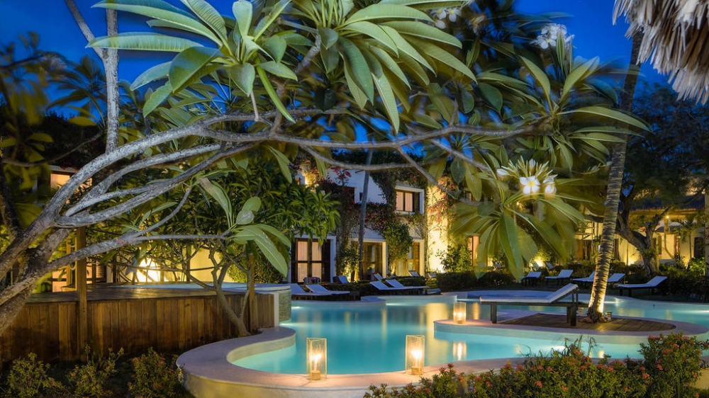 CARNAVAL - MY BLUE HOTEL